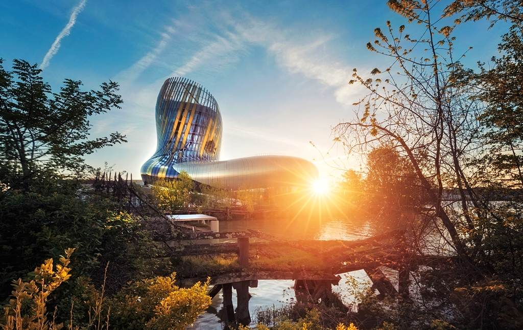 La Cité du Vin by sunset. Image © Allfortof / Moment / Getty Images
