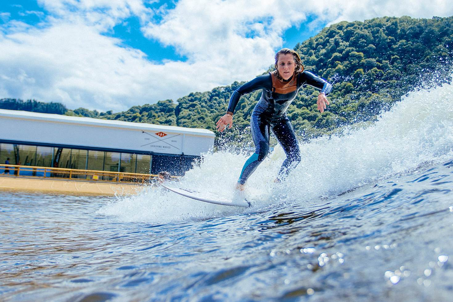Surf Snowdonia's inland lagoon offers waves amid the hills of North Wales © Surf Snowdonia