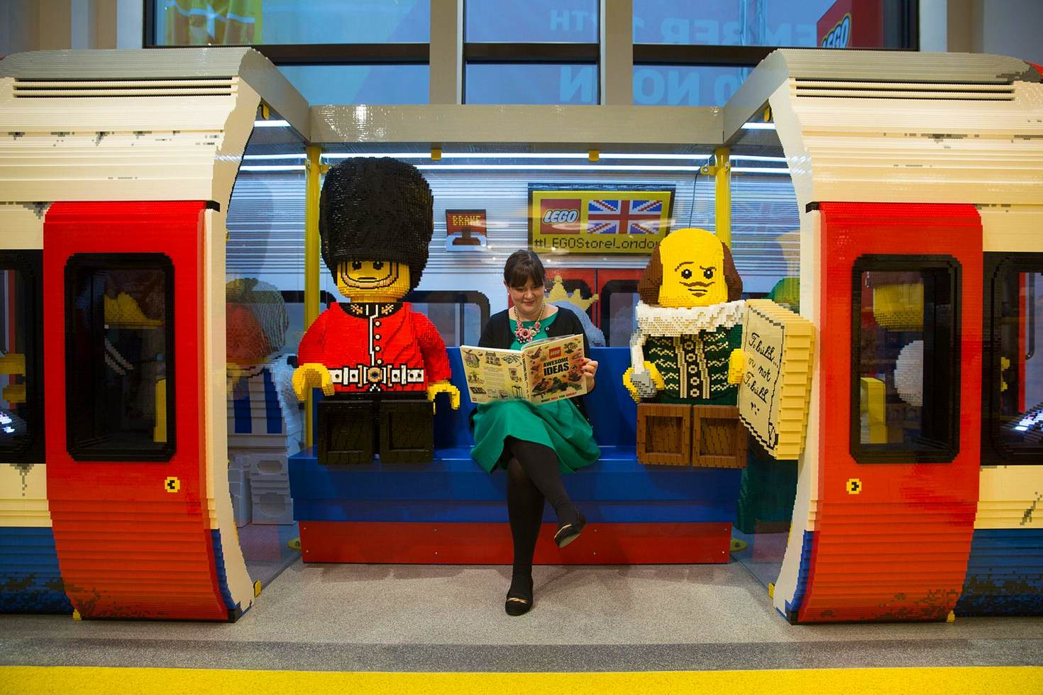 A London Underground Tube train carriage made with LEGO pieces in Leicester Square © Daniel Leal-Olivas / Getty Images