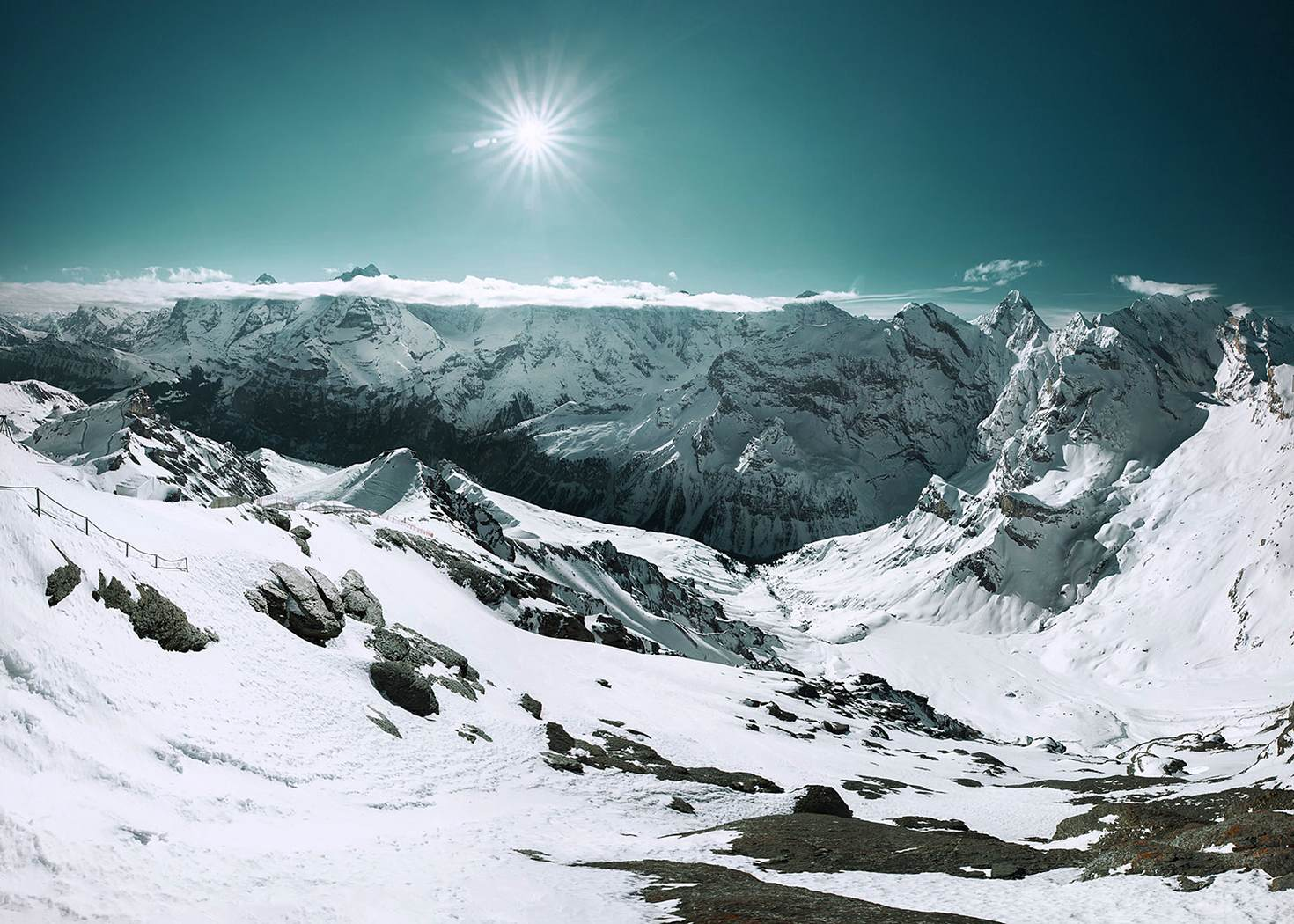 Thrill Walk will give you a fresh perspective from the awesome Schilthorn mountain © Steffen Egly