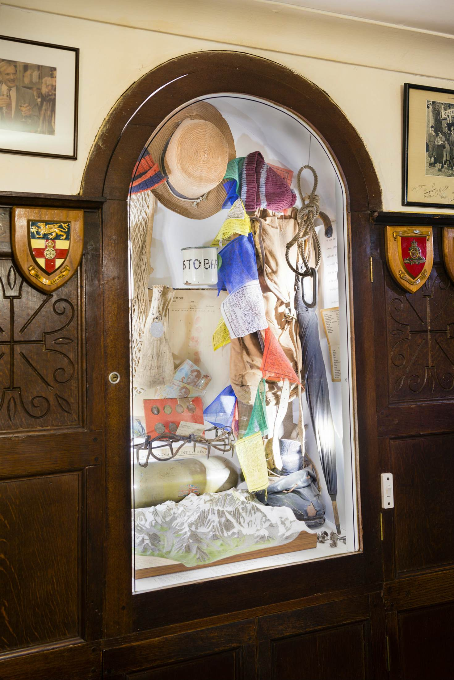 Everest memorabilia in the Pen-y-Gwryd Hotel © Justin Foulkes / Lonely Planet