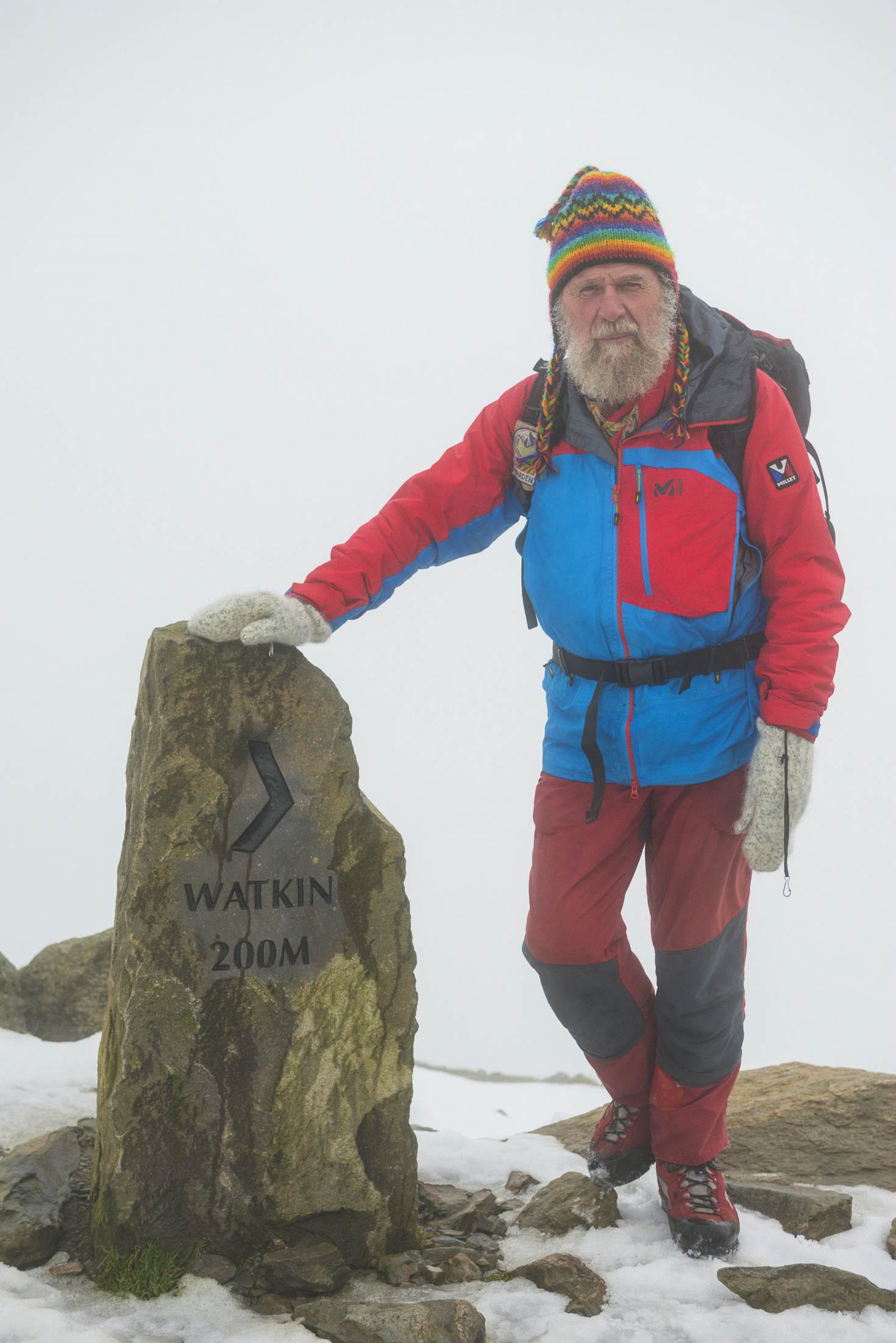 Volunteer Snowdon warden Ray DImmock © Justin Foulkes / Lonely Planet